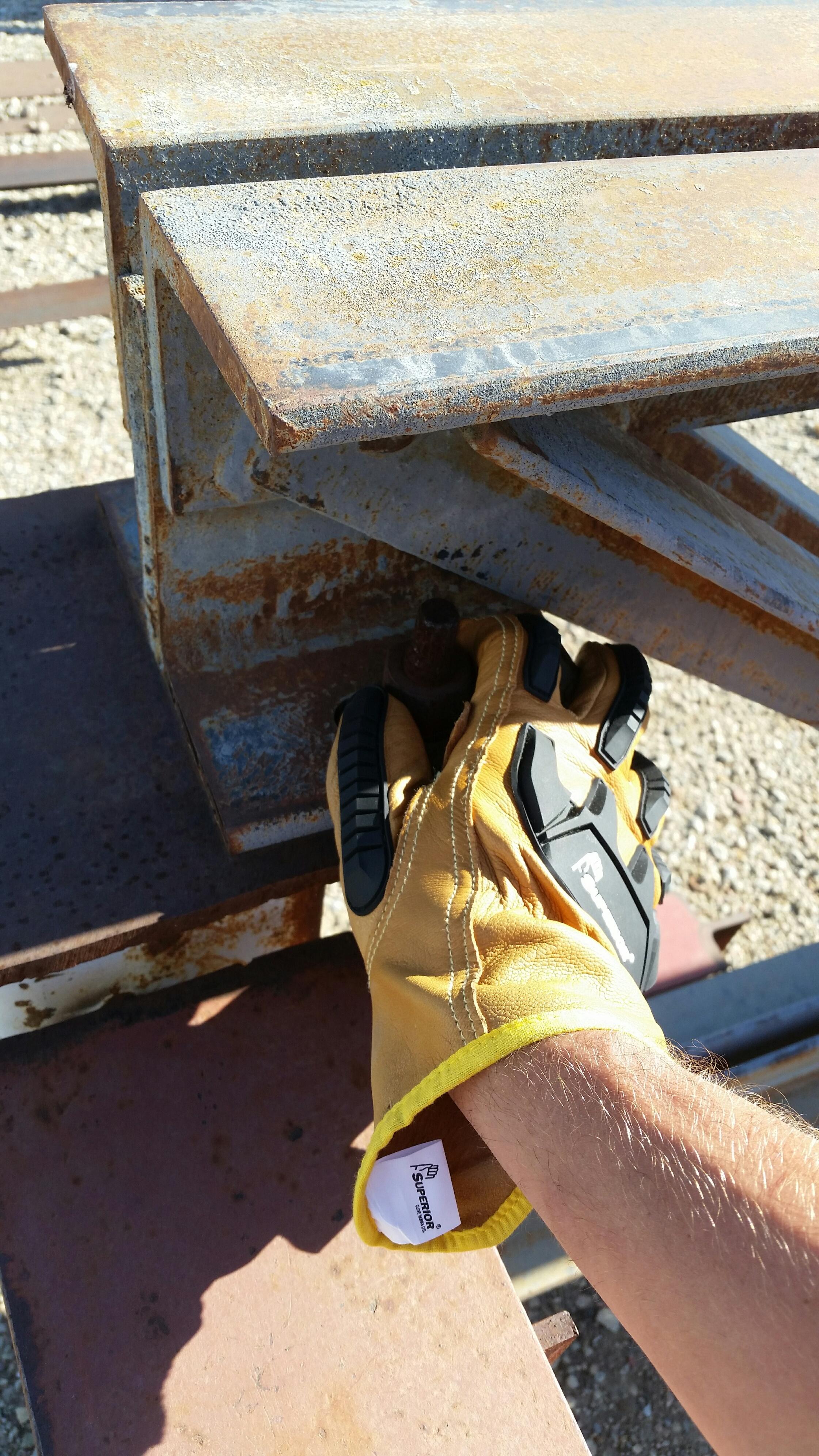Yellow Glove 20150731_084714_resized